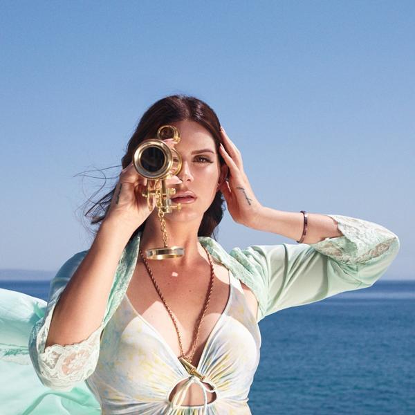 lana del rey high by the beach listen chocolate grinder