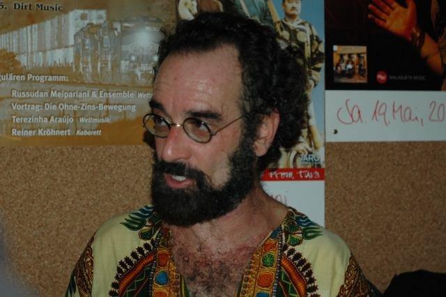 RIP: Bob Brozman, guitarist and ethnomusicologist