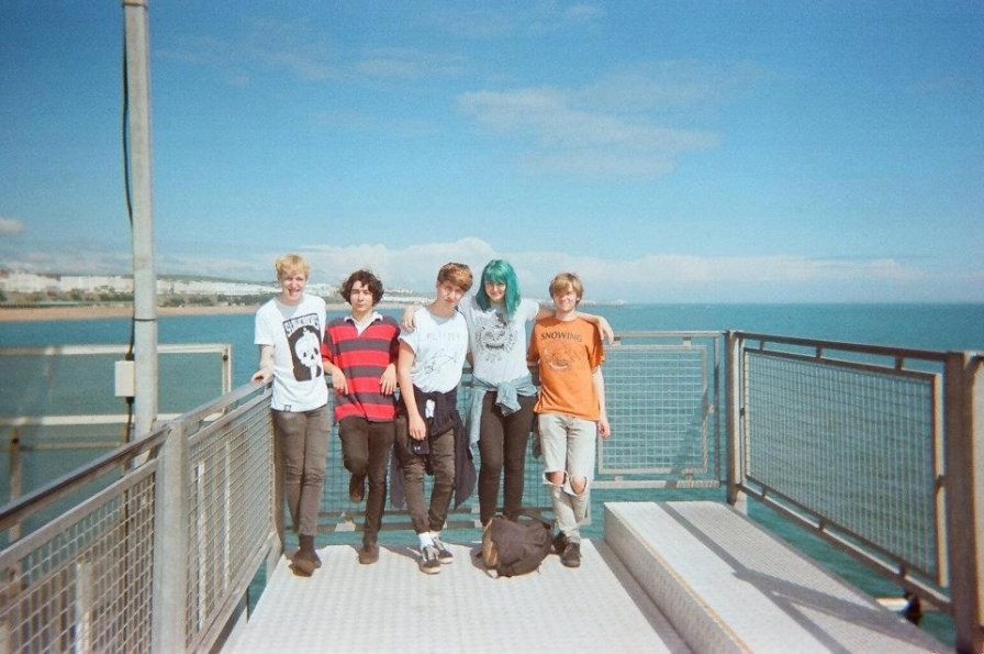Joanna Gruesome have announced their debut album Weird Sister and premiered a single, ya creeps!