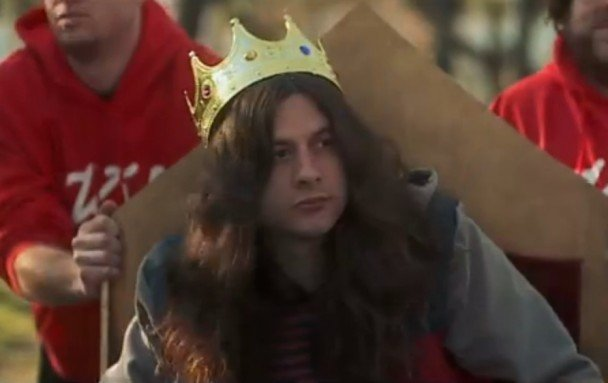 Kurt Vile announces additions to fall tour, promises to violate but not in a rude way