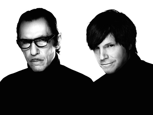 Sparks announce fall American tour, sign contract to remain brothers for additional 10 years