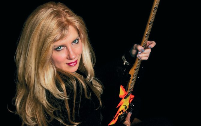 RIP: Jan Kuehnemund, founder of female metal band Vixen