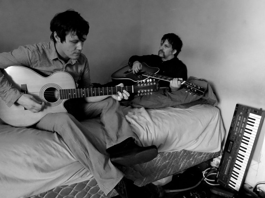 Ben Chasny and Donovan Quinn form New Bums, plan debut album for Drag City, learn the value of drunken friendship