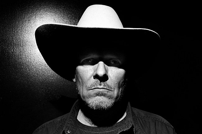 Pop-punk superstars The Swans announce new album for this spring, frontman Mikey Swan (Gira) plans European solo tour