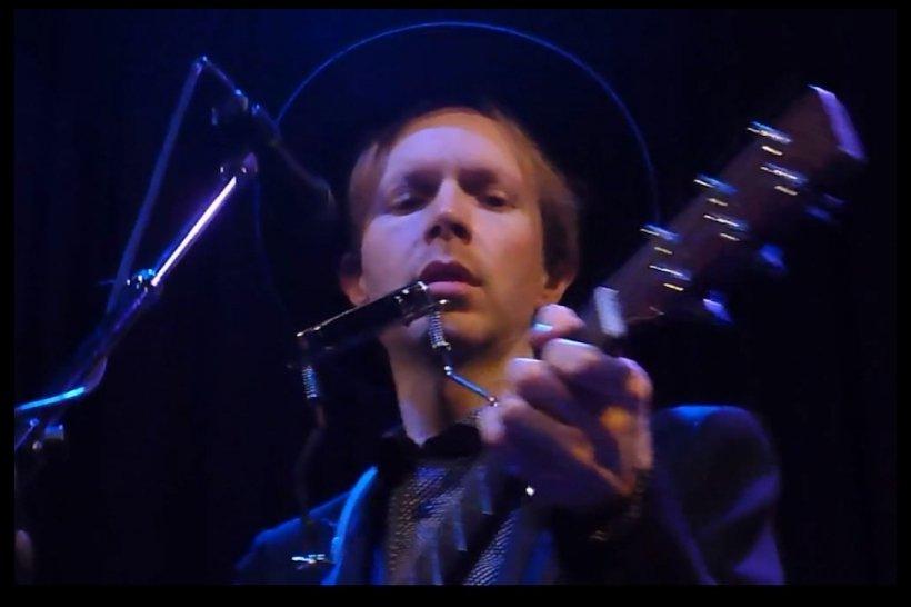 Beck announces tour dates, tour date announcement quickly goes double platinum