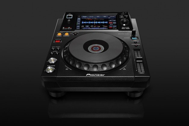 Pioneer's latest digital deck makes not being a DJ virtually impossible