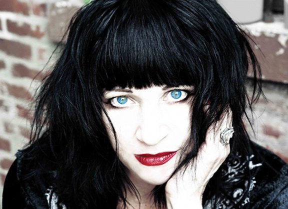 Lydia Lunch lurches lovingly, letting loose new 3x3 EP, leaks a little about forthcoming LP