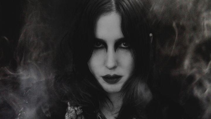 Chelsea Wolfe announces new album Abyss, previews single