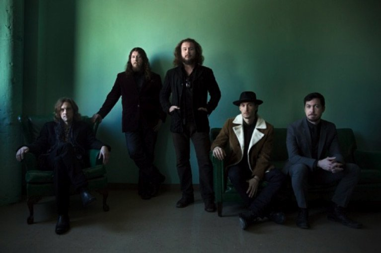 """My Morning Jacket announce spring tour with a """"pretty cool"""" reverb on their voices"""