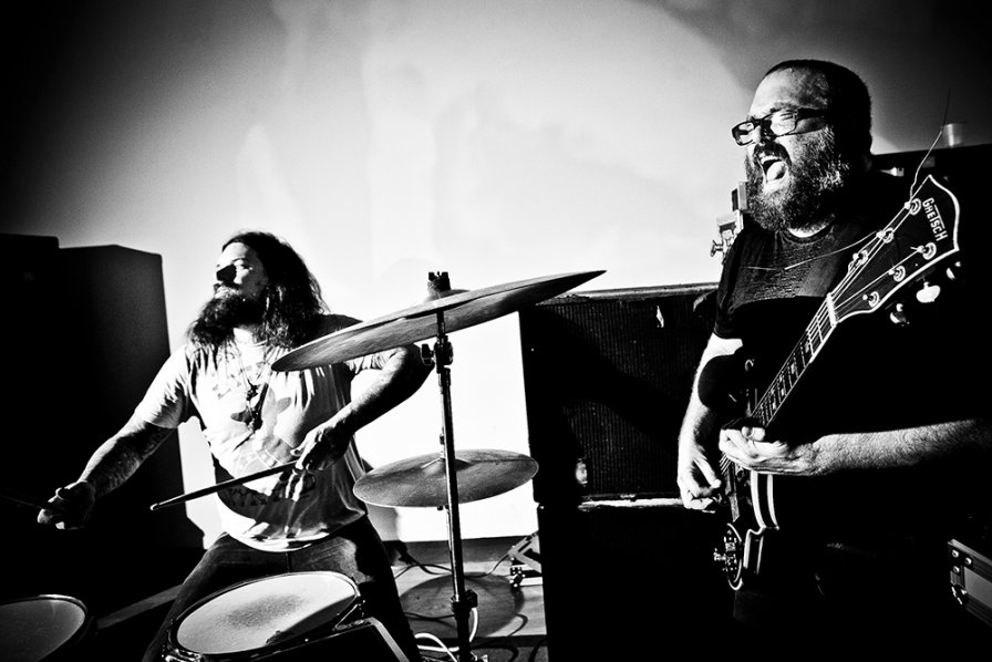 The Body share new video, extend tour