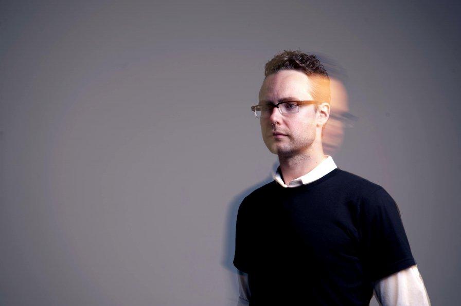Ian William Craig announces new album Centres, premieres single