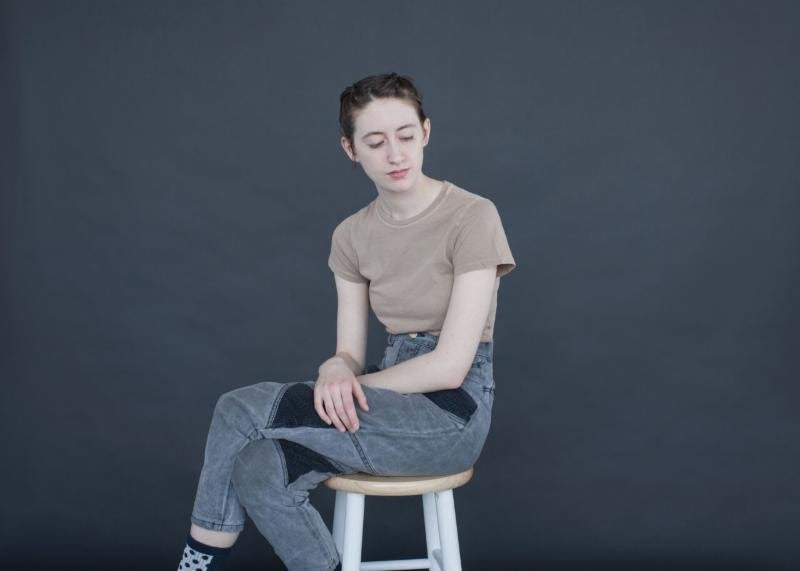 Frankie Cosmos extends tour and shares new video, keeps my malaise and depression light n' breezy!