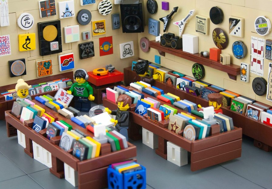 Canada to open North America's second-biggest vinyl pressing plant