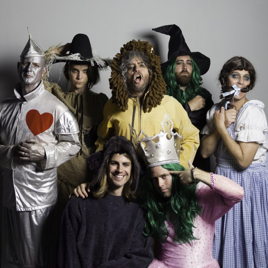 "The Flaming Lips drop video for ""How??"" off upcoming album Oczy Mlody, add tour dates"