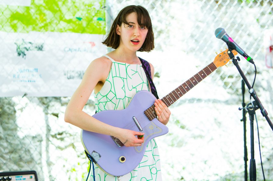 "Frankie Cosmos sign to Sub Pop, announce ""Dudes, We're On Sub Pop Now!"" World Tour"