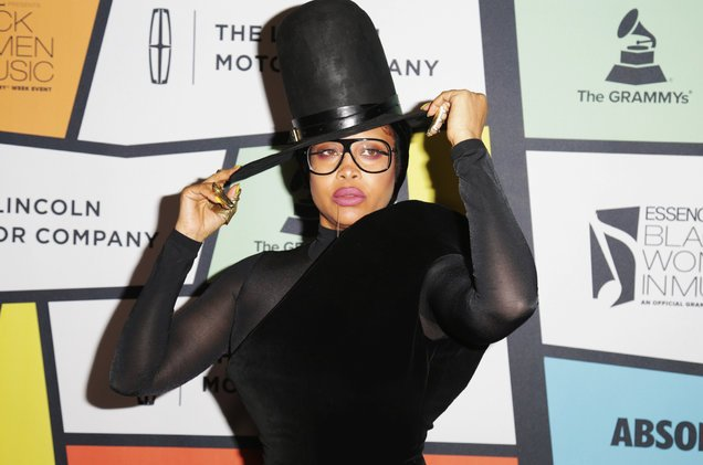Erykah Badu plots massive world tour, hopes airlines get their shit together before it starts