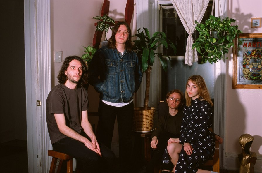 "Poppies announce Good EP, premiere new track ""Dumb Advice"""