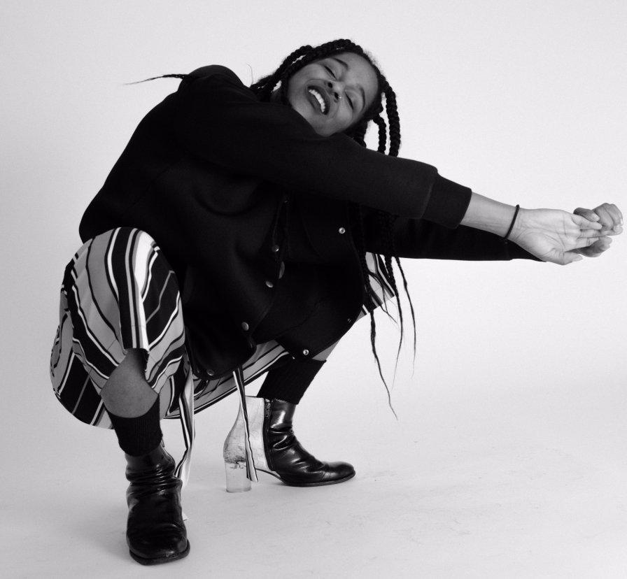 NYC noise pop artist L'Rain announces self-titled debut album on Astro Nautico