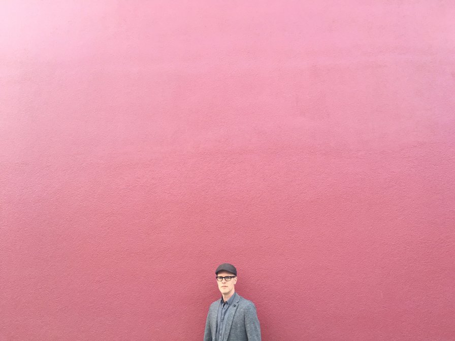 Pinkcourtesyphone (Richard Chartier) announces new album Indelicate Slices on ROOM40, shares first indelicate slice