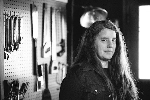 Classically trained guitarist Marisa Anderson doesn't sing, but DOES sign to Thrill Jockey ahead of European tour