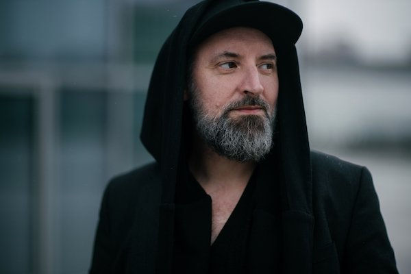 "Fink releases Resurgam Acoustic Sessions EP on R'COUP'D, premieres new track ""Divide"""