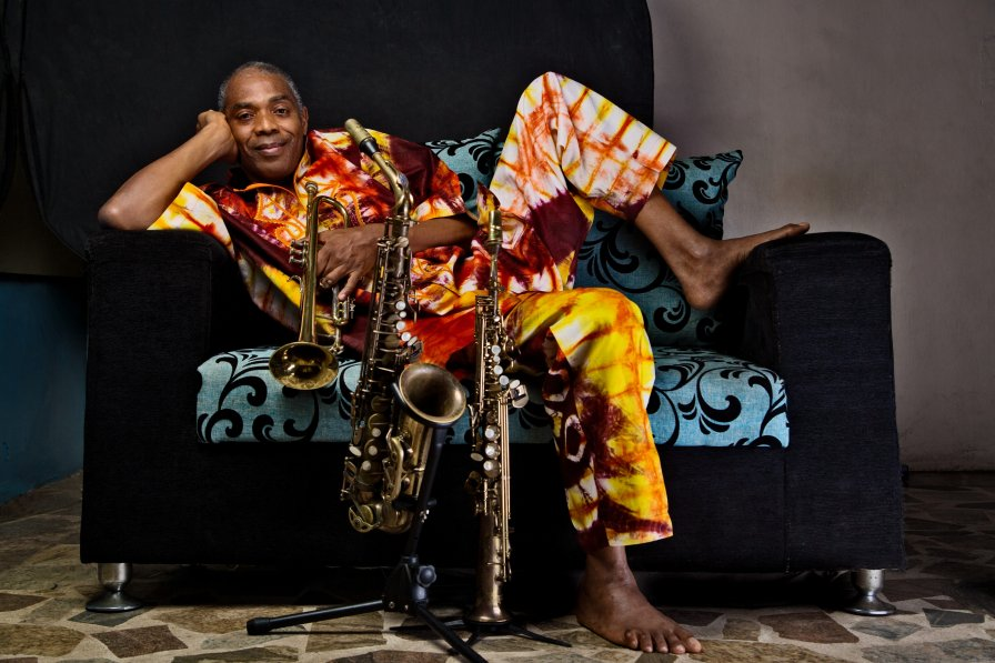 "Femi Kuti announces 10th album and shares title track ""One People One World"""
