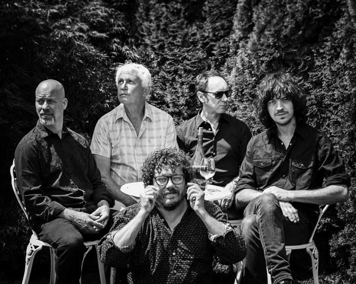 Guided By Voices use their voices to announce their ONLY NEW ALBUM of 2018, guide our browsers to new track and tour dates