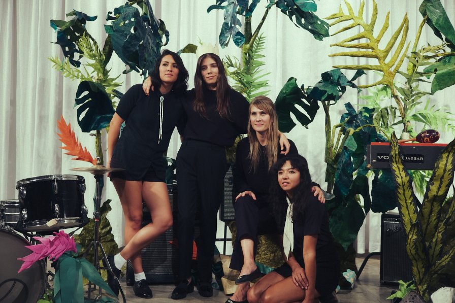 La Luz announce new album Floating Features, out this May on Hardly Art