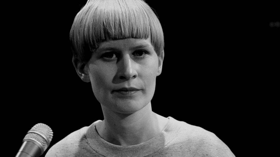 Jenny Hval to release new novel Paradise Rot (because even print media is more lucrative than music these days)