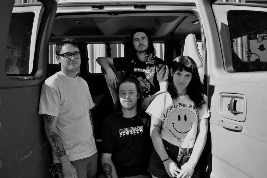 Florida hardcore band Gouge Away join Deathwish roster, promise new album in 2018 as long as you stop begging