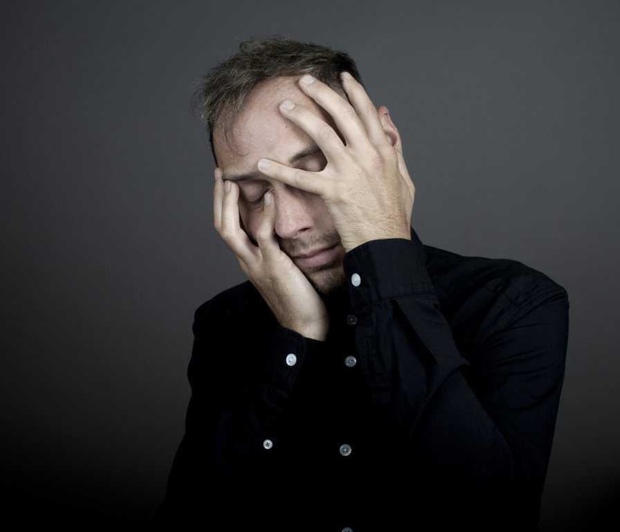 Italian electronic maestro Andrea Taeggi announces first album recorded at Holland's Willem-Twee Studios with rebuilt Analog Computer, Zimní Král