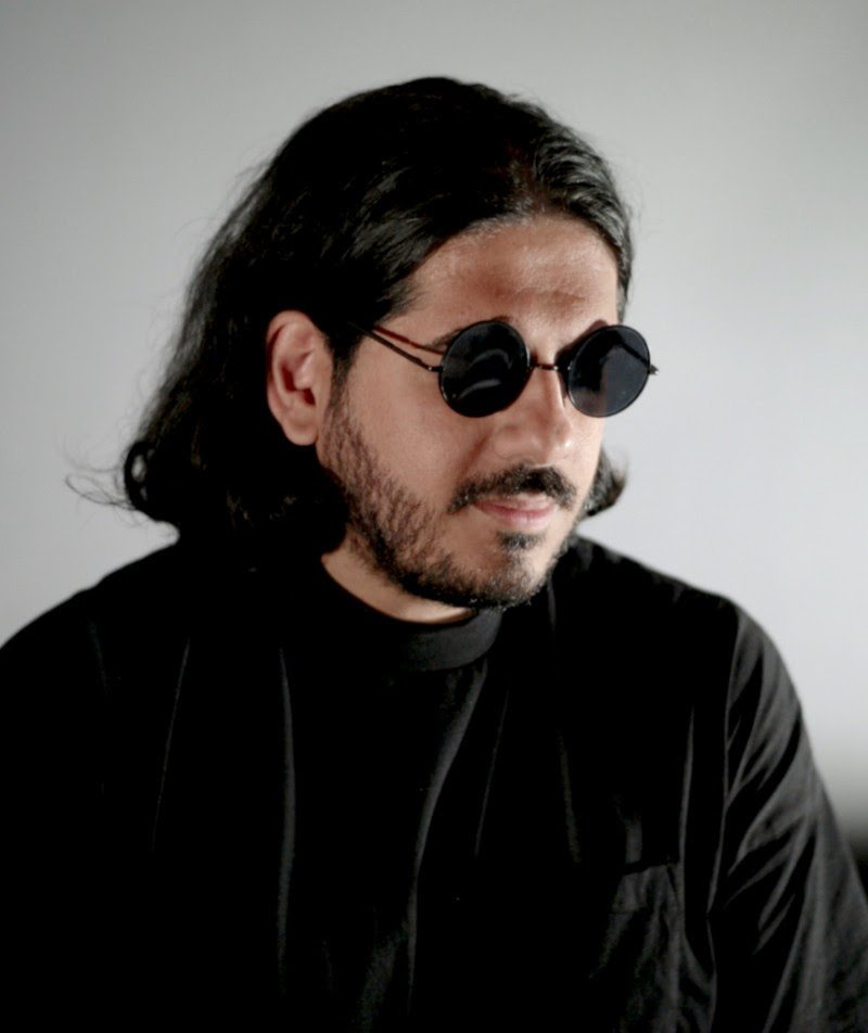 British-Iranian producer Ash Koosha creates talented robot DJ, announces upcoming album on personal label Realms
