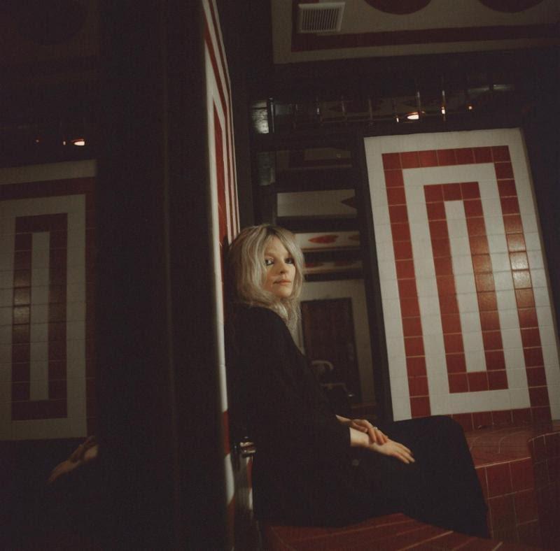 Jessica Pratt announces new album Quiet Signs on Mexican Summer/City Slang, dates with Kurt Vile