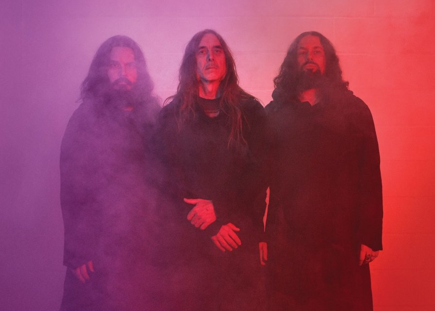 "Sunn O))) announce ""LET THERE BE DRONE (MULTIPLE GAINS STAGES)"" European tour"