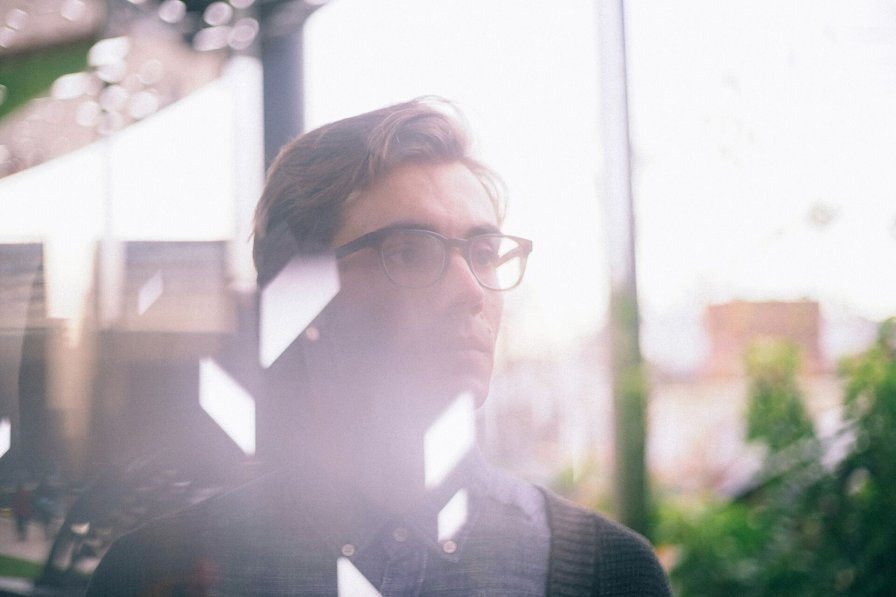 Immix Ensemble founder Daniel Thorne announces debut album Lines of Sight, premieres new single