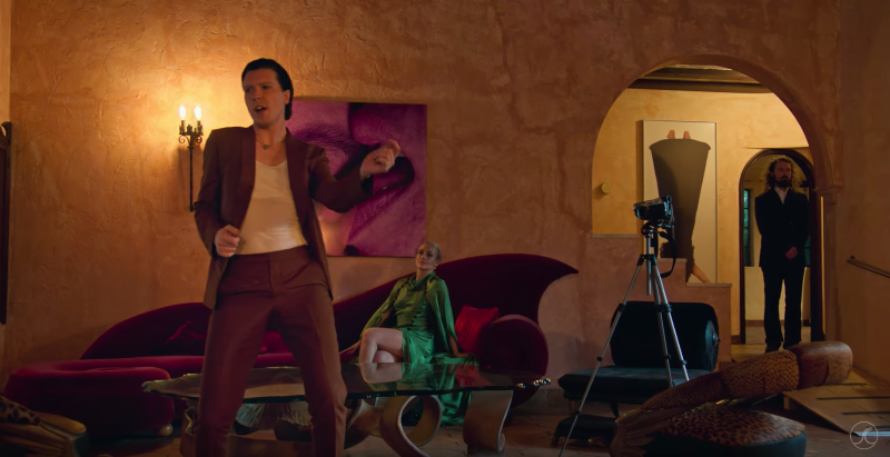 "Alex Cameron announces international tour, releases new video for ""Miami Memory"""