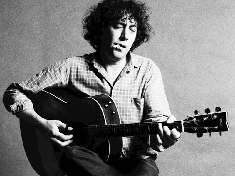 Earth Recordings to celebrate the 40th anniversary of Bert Jansch's avian-themed masterpiece Avocet with an expanded vinyl release in November