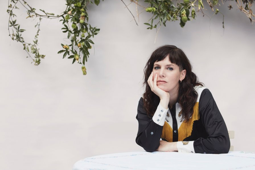 Anna Meredith announces sophomore album FIBS, absolutely shares news tracks (srsly)