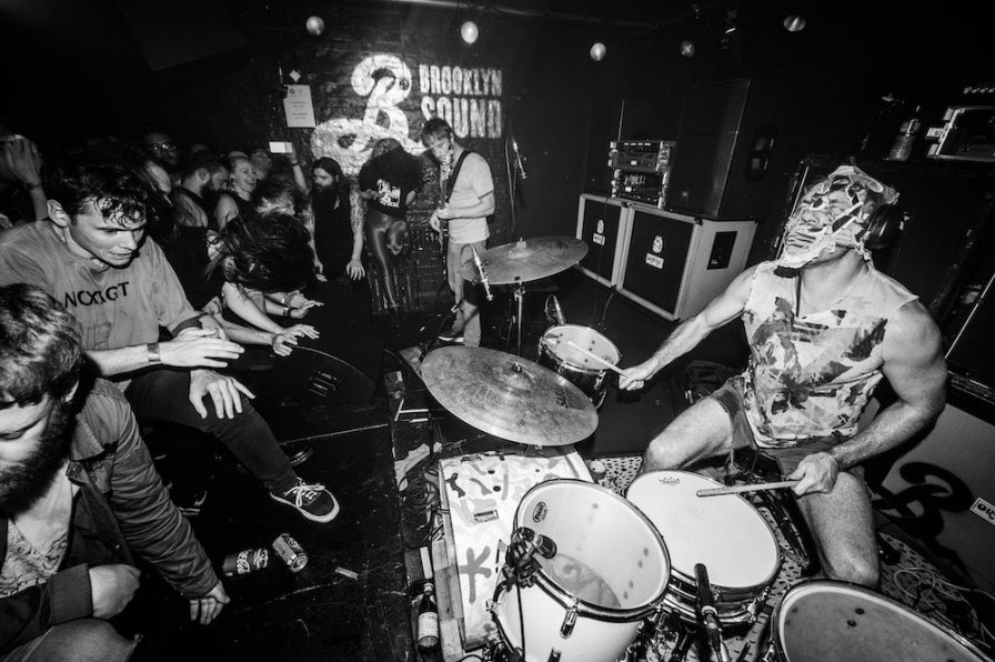 Lightning Bolt to reissue their debut self-titled album, share US tour dates