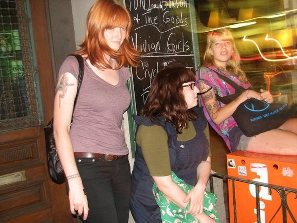 Vivian Girls move to Polyvinyl, announce new album for the spring