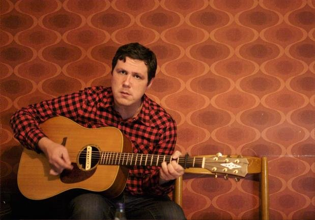 Damien Jurado announces spring tour; fans of TV shows where 30-year-olds pretend to be teenagers are psyched!