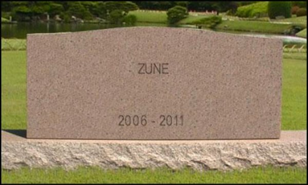 Microsoft reportedly discontinues the Zune; in music devices as in life, all your squirts were in vain