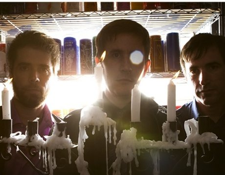 The Mountain Goats tour West Coast this summer, distracting grad students everywhere