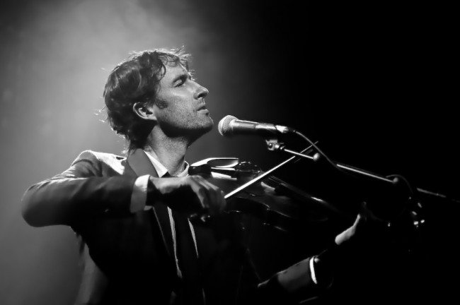 Andrew Bird brings whimsy/whistling to fans across America this summer/fall