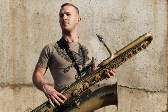 Colin Stetson to release new 10-inch in October, is rumored to have played saxophone on it