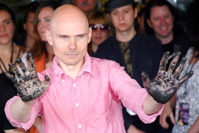 Smashing Pumpkins announce fall tour because fall is pumpkin-smashing season