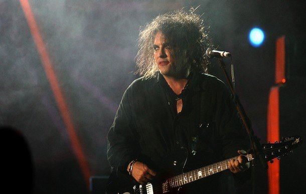 The Cure treating all their lovecats to a new live album straight outta Bestival