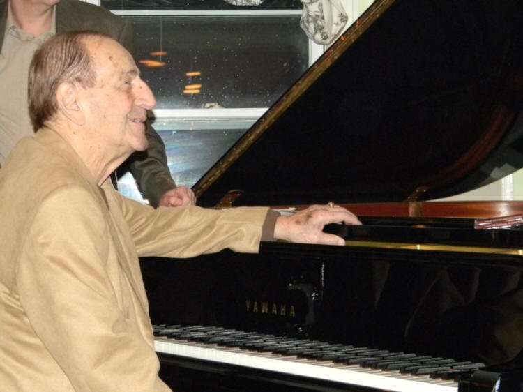 RIP: Al Vega, longtime Boston jazz pianist