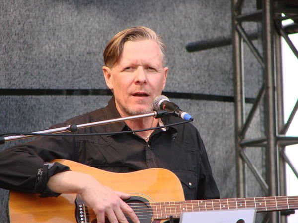 Michael Gira brings his solo show to the historic dungeons of Europe in April (and to the US in March!)