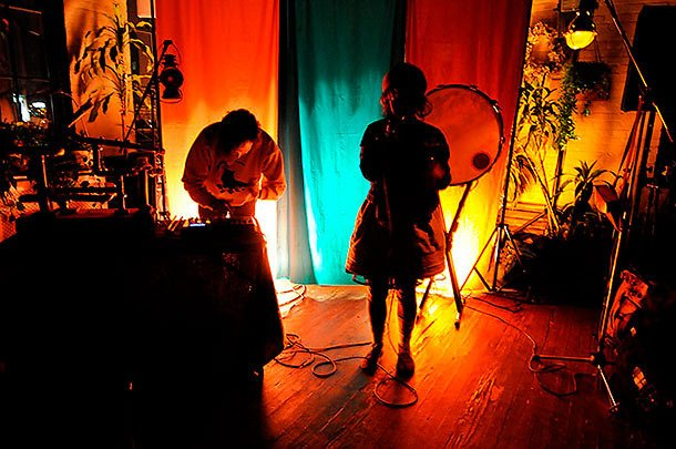 Purity Ring and 4AD have a special album in the oven! Dust off your broomsticks and ball gowns!